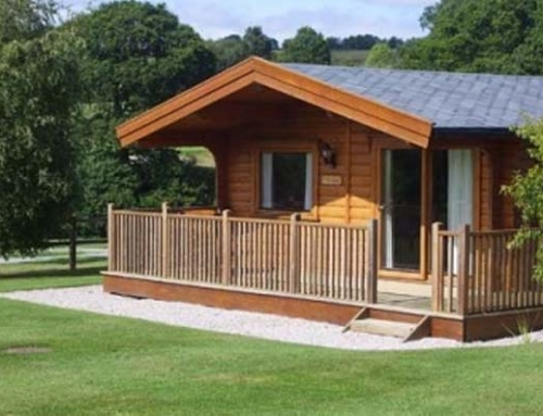 Log cabin accommodation exeter devon