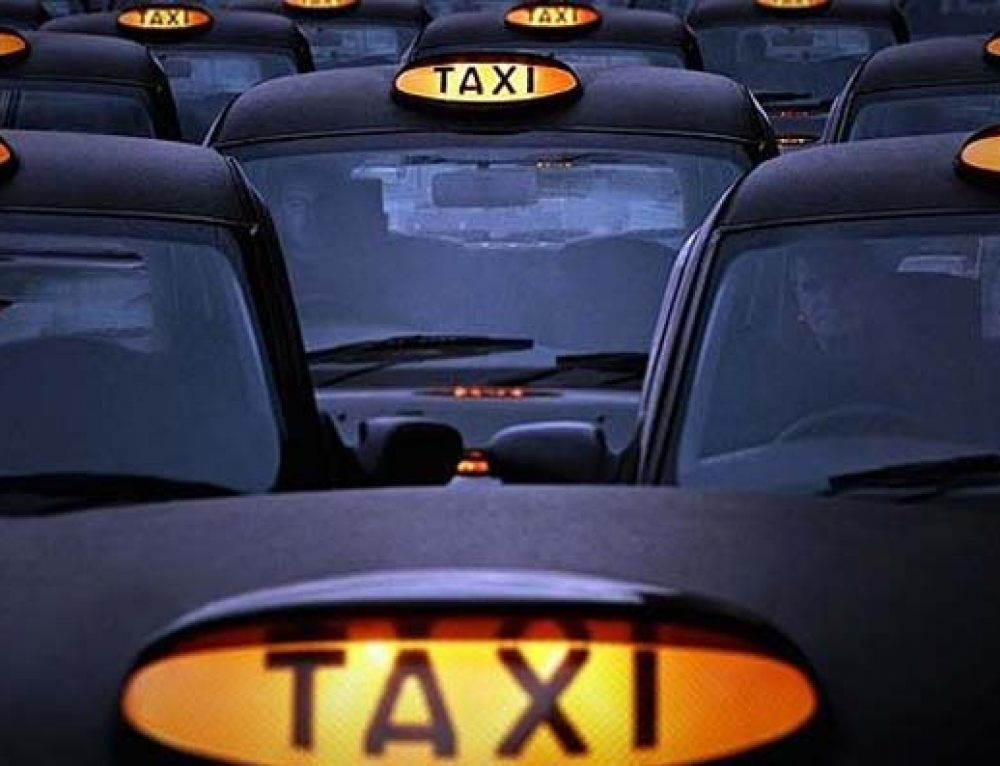 taxi exeter